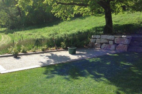 Désherbage des terrasses, allées, cours, murets Saint-Pierre-d'Albigny
